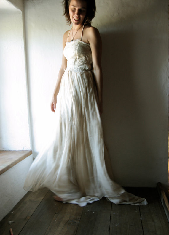 Larimeloom Handmade Wedding Dresses