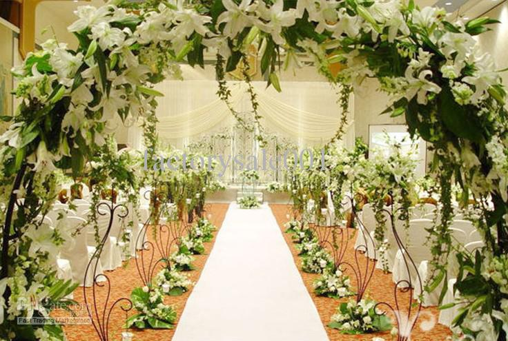 10 Easy Ways To Add Glam To Your Wedding Venue