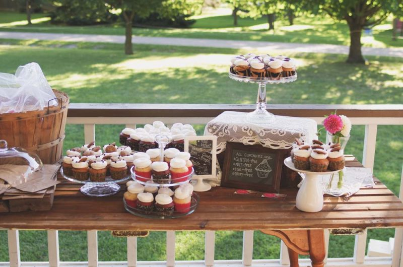 barn wedding dessert station